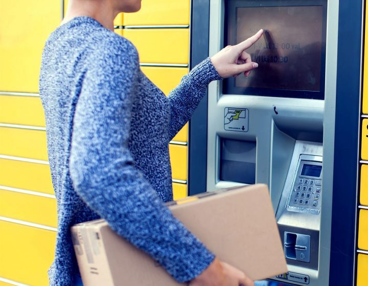 Hackers Signal Security Risks of Parcel Pickup